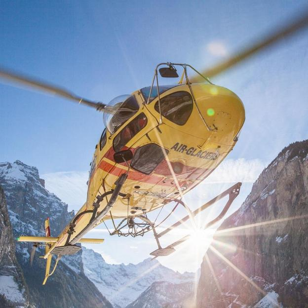 Vol en hélicoptère dans toute la Suisse (15 min)