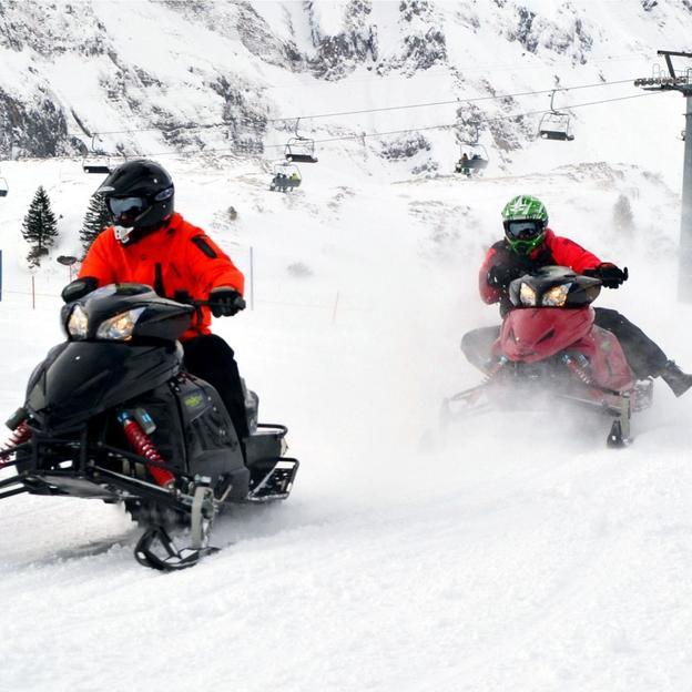 Exklusive Snowmobile Parkmiete in Engelberg