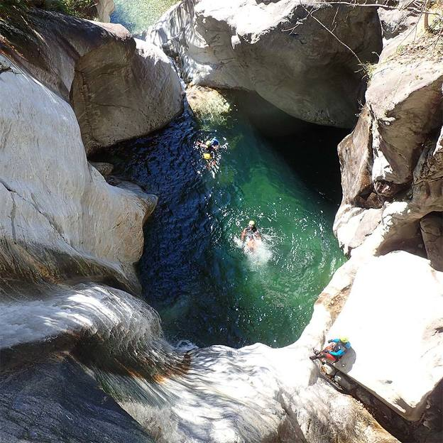 Canyoning découverte dans les Alpes