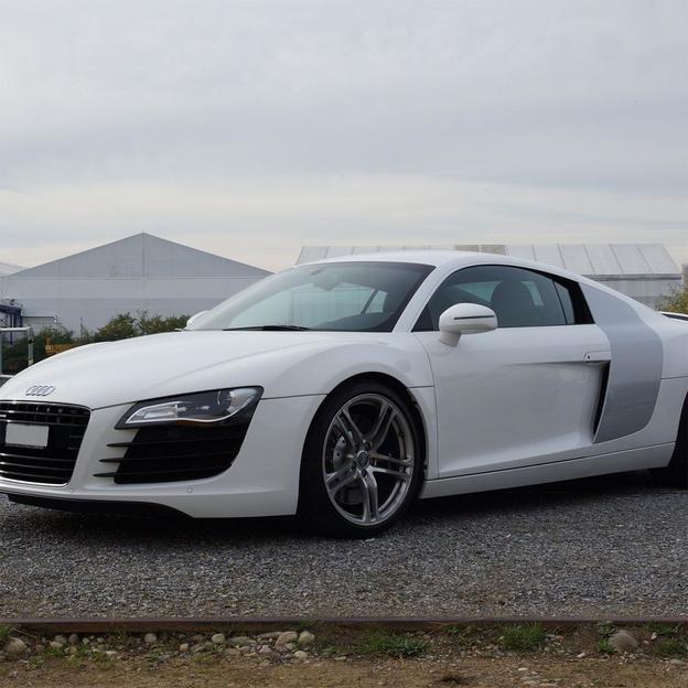 Audi R8 4.2 V8 - Location 1 jour