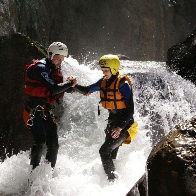 Firmen: Canyoning in Chli Schliere, Grimsel und Saxeten