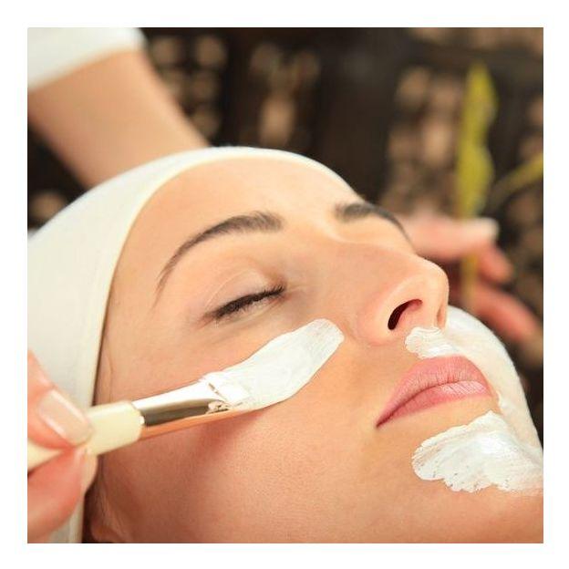 Gesichtspflege inkl. Manicure oder Pedicure