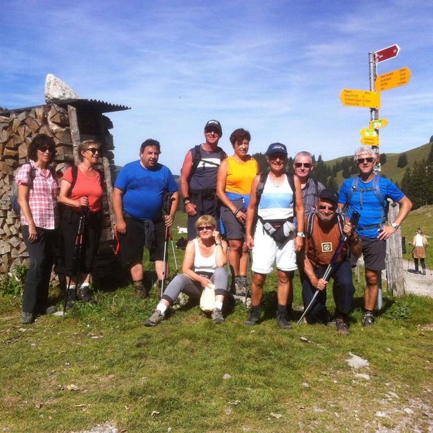 Firmen: Bergwanderungen und Schneeschuhtouren