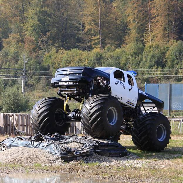 Im US Monster Truck mitfahren