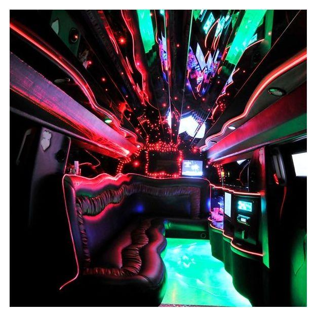 Hummer H3 Stretch Limousine City Tour (max. 9 Personen)