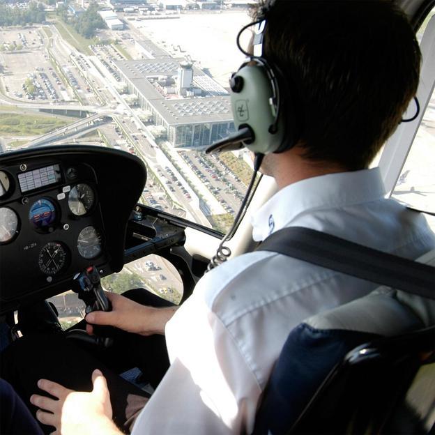 Firmen: 20 Minuten Helikopter Rundflug