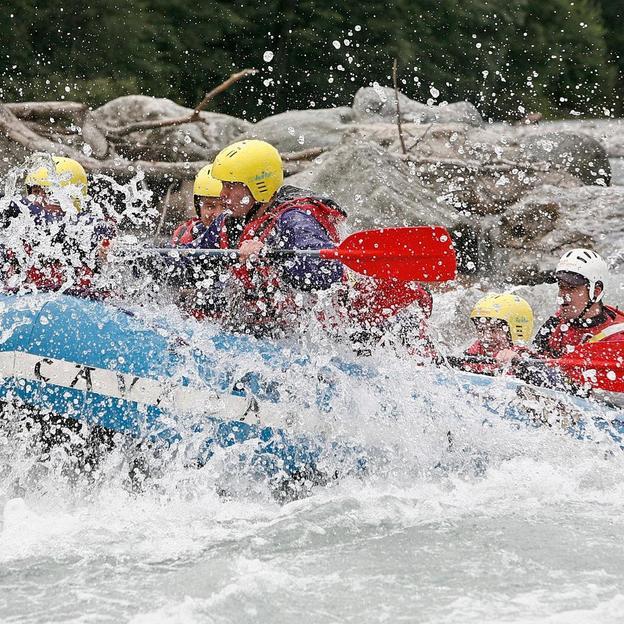 Halbtagesfahrt Rafting auf dem Vorderrhein (Erwachsene)