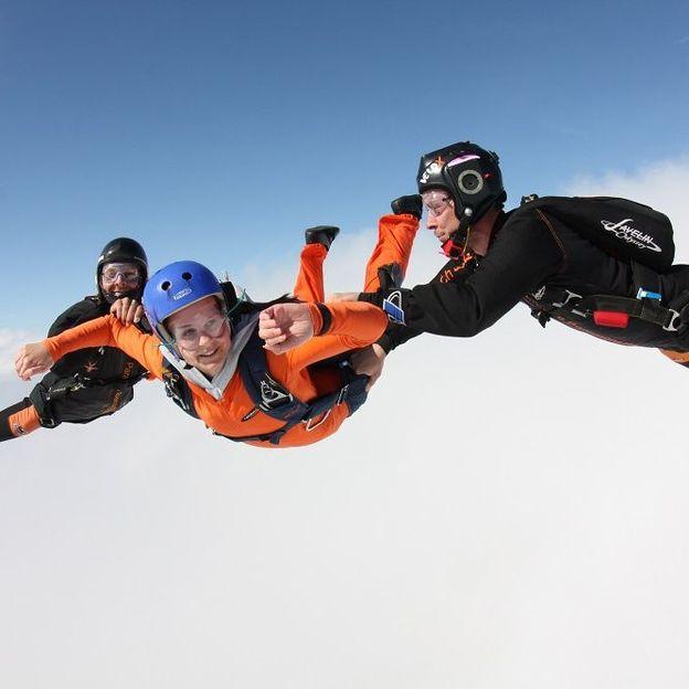 Saut d'initiation en parachute (dimanche)