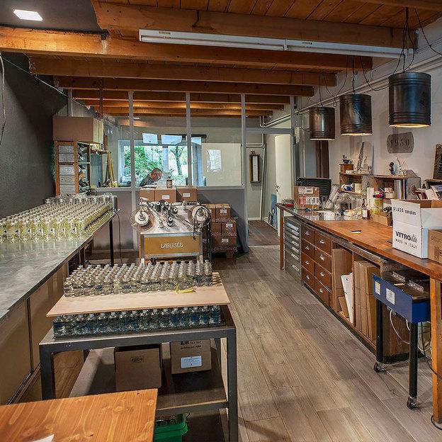 Absinthprobe Larusée und Besuch in der Brennerei
