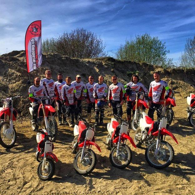 Firmen: Motocross fahren (offener Event)
