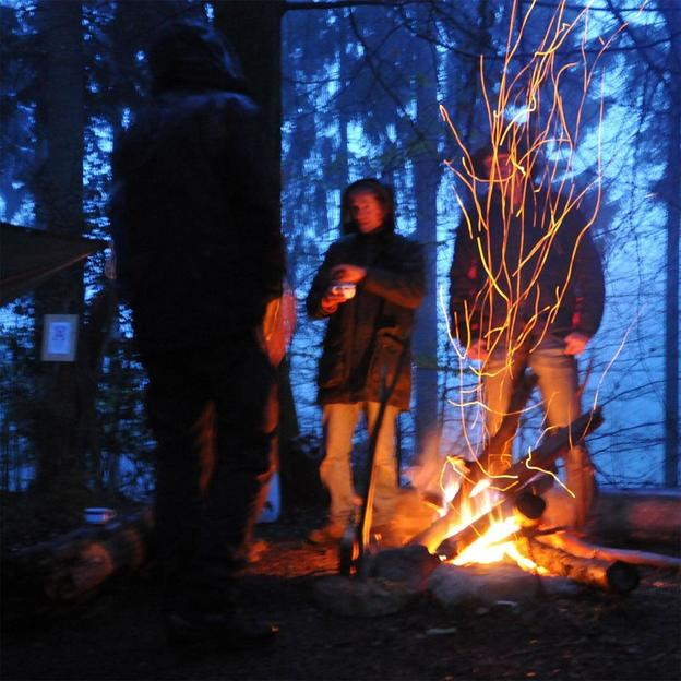 Firmen: Survival Kurs Training