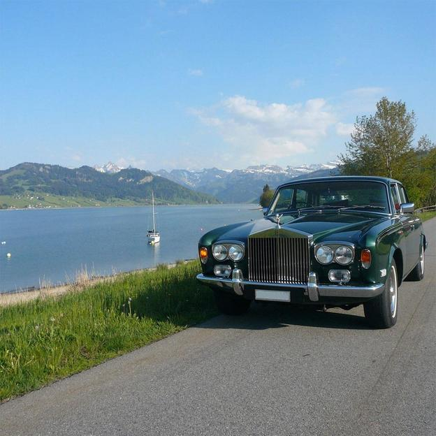 Rolls Royce Tour & Nuitée ( 2 pers)