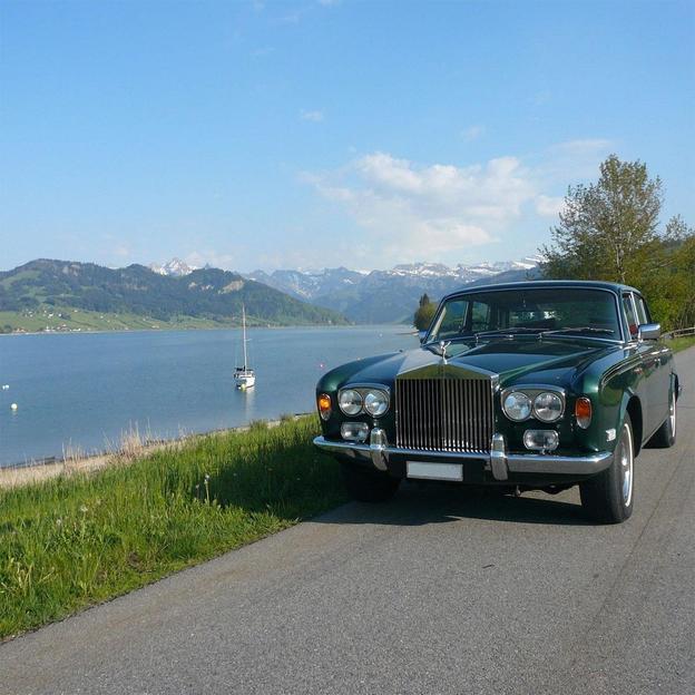 Übernachtung mit Rolls Royce Fahrt