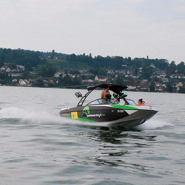 Activités nautiques sur le Lac de Zurich