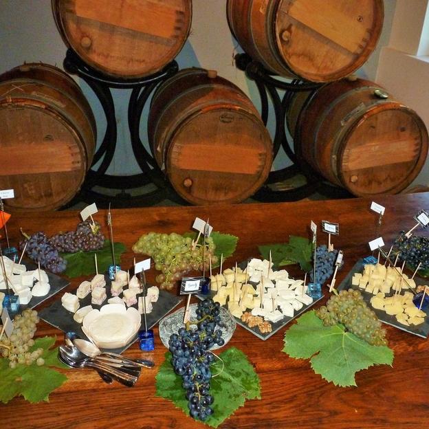 Dégustation de vins et fromages (2 pers)