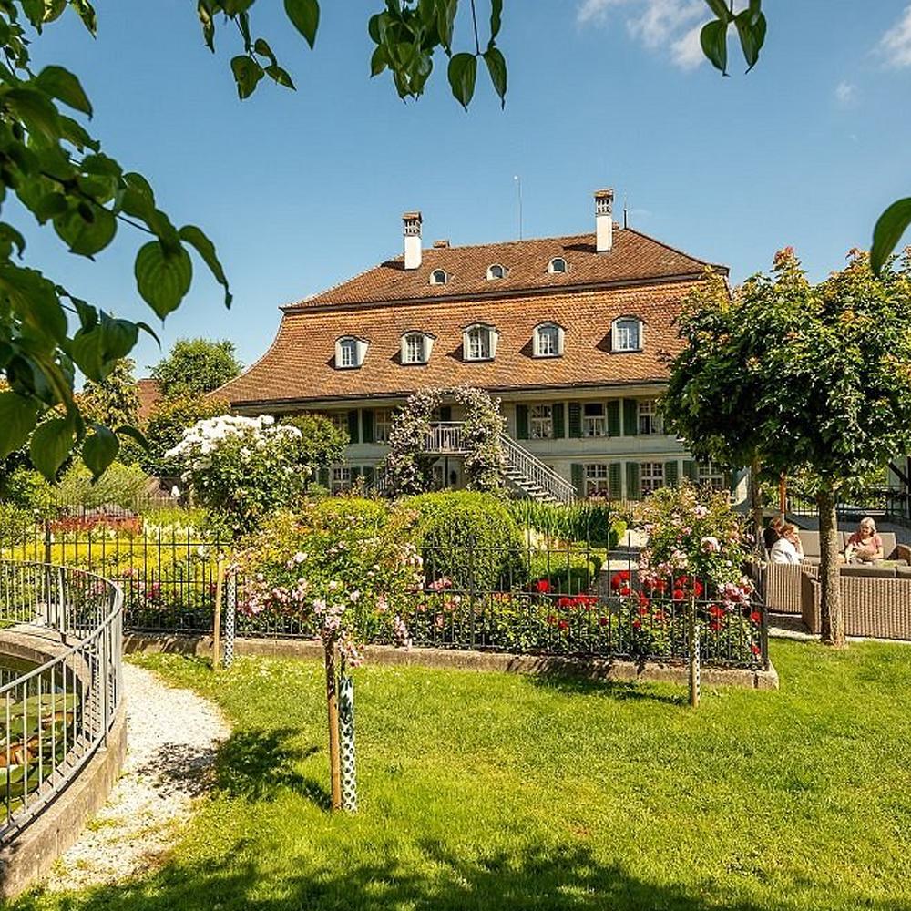 bernachtung f r zwei in der romantik suite. Black Bedroom Furniture Sets. Home Design Ideas
