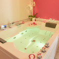 Love Room Purple avec jacuzzi & Balcon
