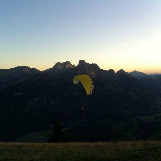 Gleitschirm Panoramaflug Region Gstaad