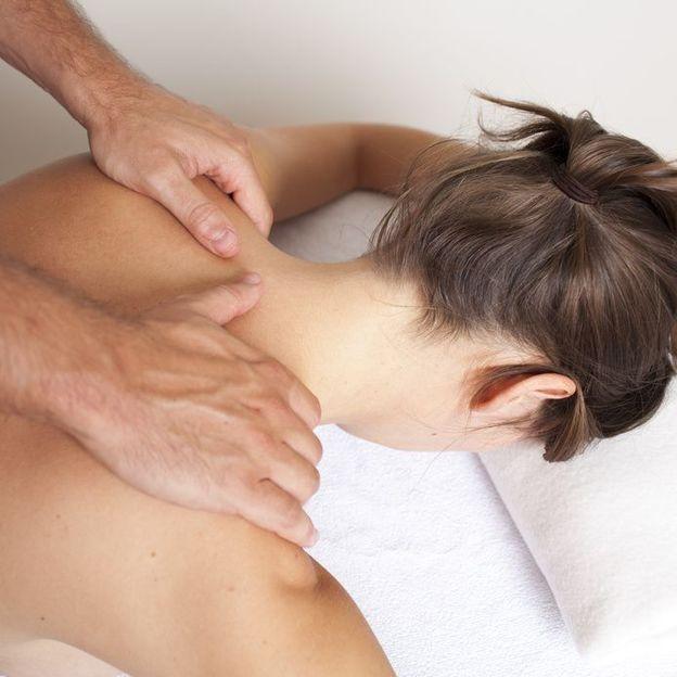 Paar Rücken-Nacken Massage
