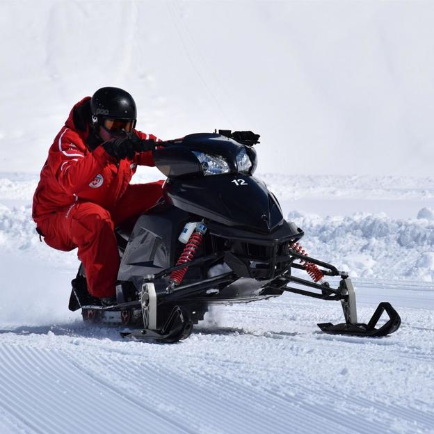 Snowmobile fahren in Engelberg (1 Person)