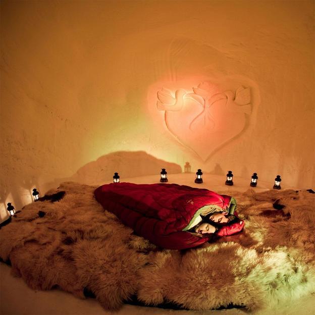 Romantische Iglu Übernachtung in Tirol