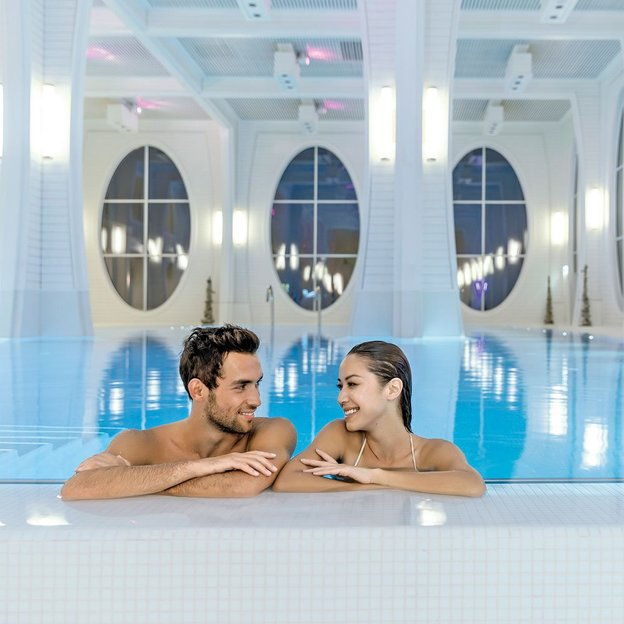 Tamina Therme Spa Day für 2 Personen