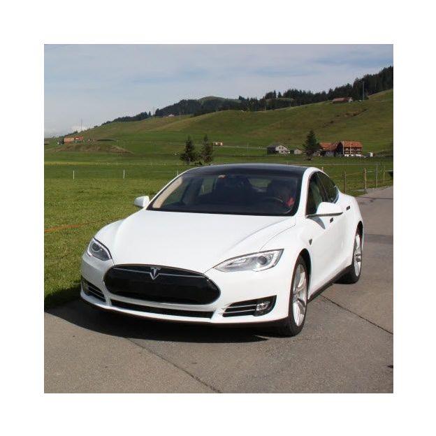 Halbtagesmiete Tesla Model S 85D