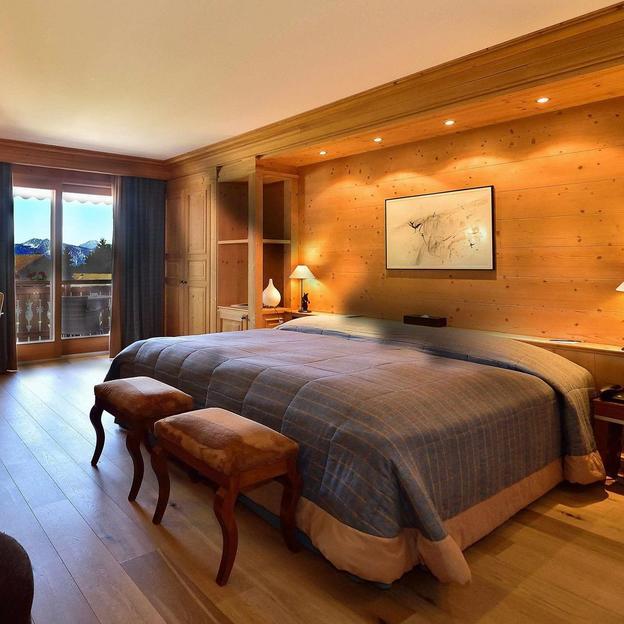 Nuitée de luxe RoyAlp Junior Suite canton de Vaud ( 2 pers)