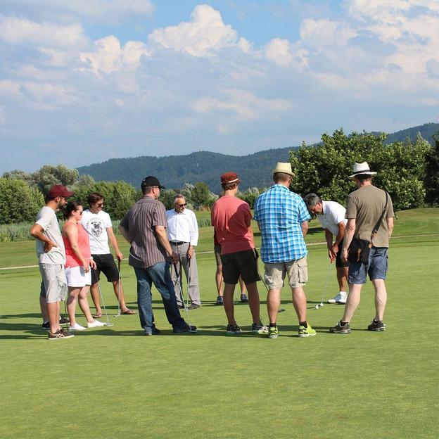 Schnupperkurs im Golfpark Moossee