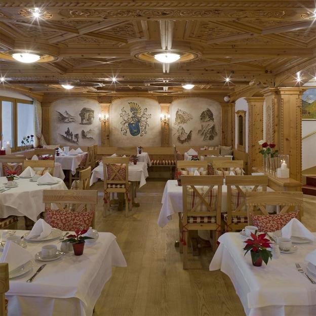 Erholsame Tage im Swiss Alpine Hotel Allalin