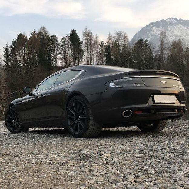 Aston Martin Rapide 4 Stunden