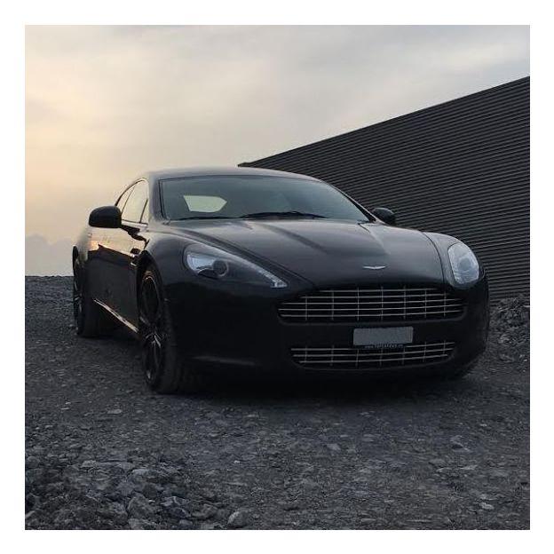 Aston Martin Rapide 12 Stunden ꟾ Geschenkidee.ch