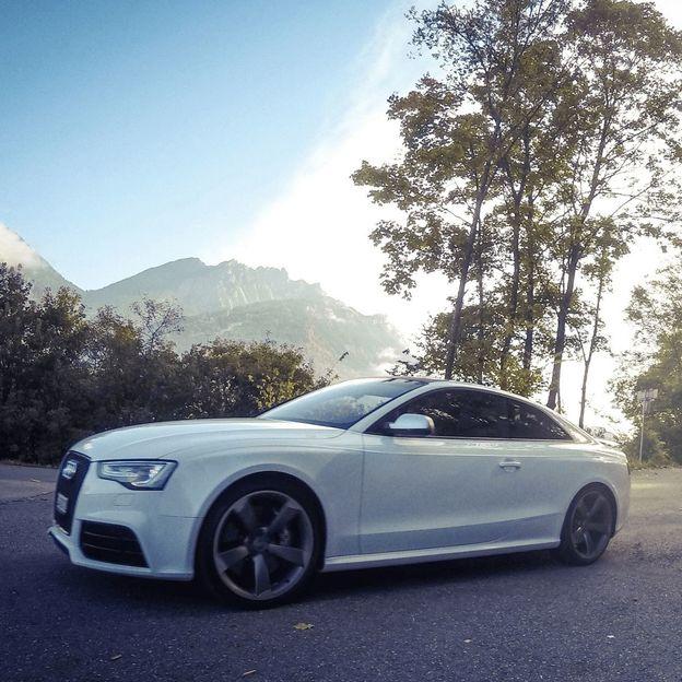 Audi RS5 Quattro für 6 Stunden mieten