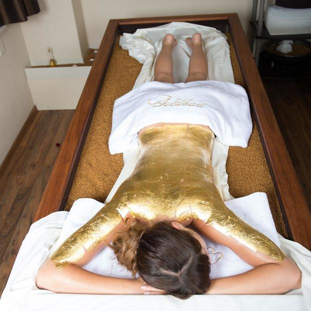 Paar-Gold-Massage in Privat Lounge