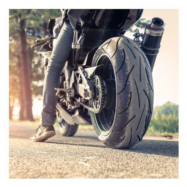 Motorrad Grundkurs und 3 Fahrlektionen für die Kategorie A