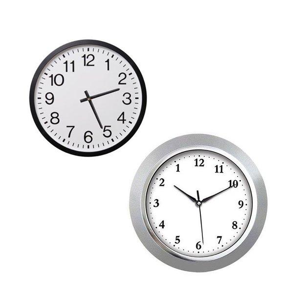 Horloge à contresens