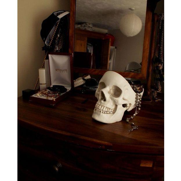 Totenkopf Desk Organizer