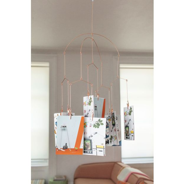Bilder-Aufhänge-System in silber und kupfer