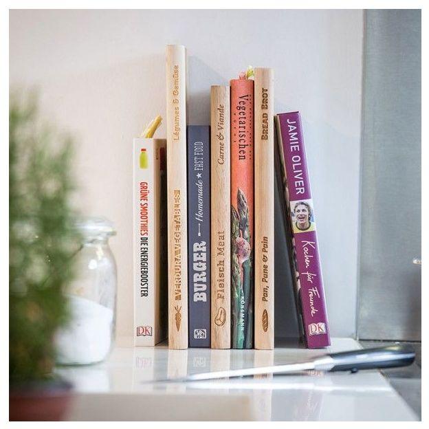 Planche à découper en forme de livre