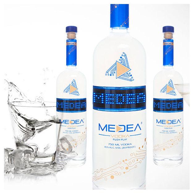 Medea Vodka mit personalisierbarer LED-Anzeige