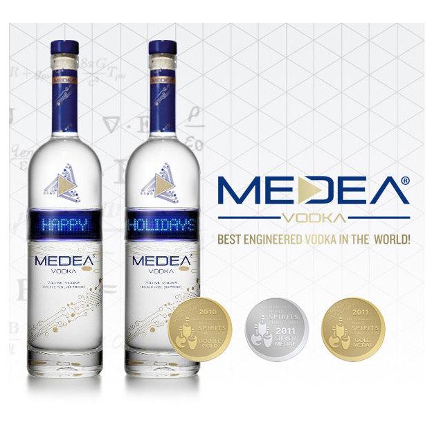 Medea, Vodka, 0.75 Liter, mit personalisierbarer LED-Anzeige