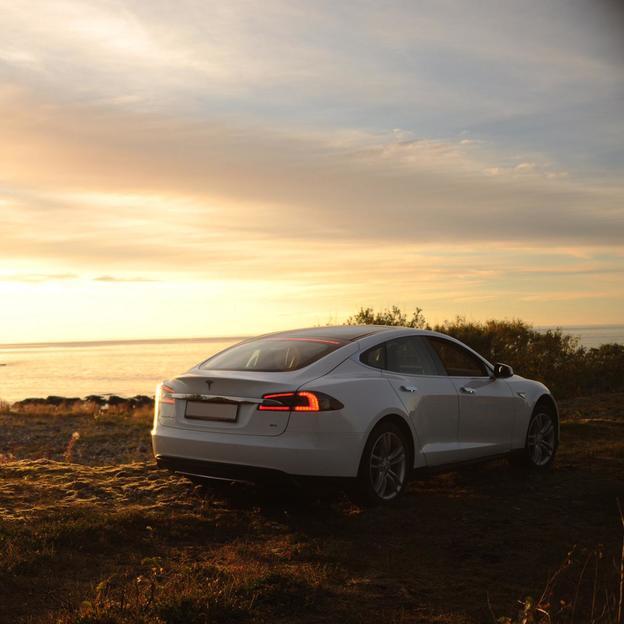 24 Stunden Tesla Model S70D fahren