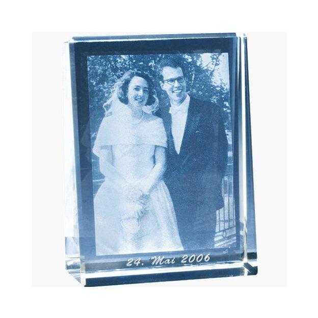 Photo Cristal gravèe au laser 140x105x33mm