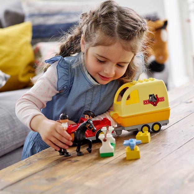 LEGO DUPLO Wagen mit Pferdeanhänger