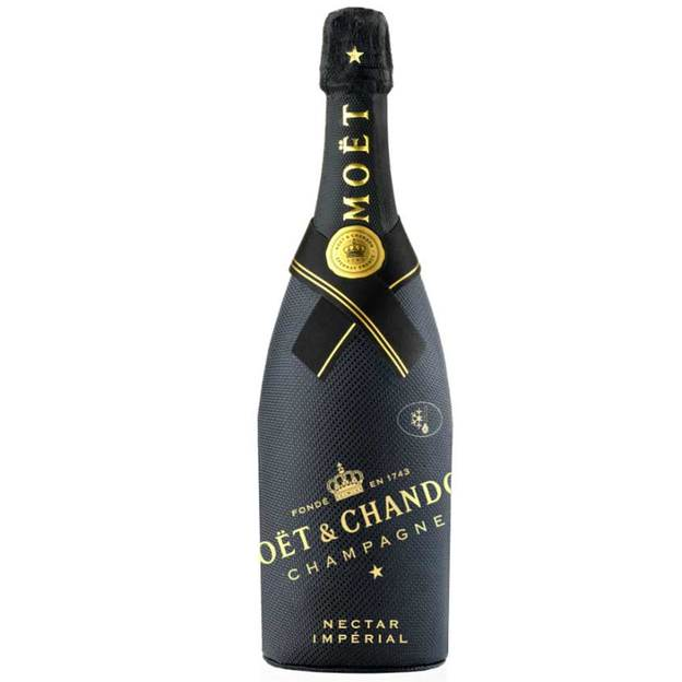 Champagne Moët & Chandon Nectar Impérial Diamond Suit