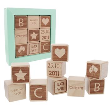 Idee Cadeau Jeune Garcon.Cubes En Bois Personnalises Pour Bebe