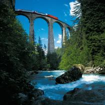 Glacier Express Brig-St. Moritz (2 jours / 1 nuit pour 2 pers.)