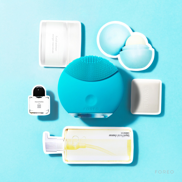 brosse nettoyante visage foreo luna mini. Black Bedroom Furniture Sets. Home Design Ideas