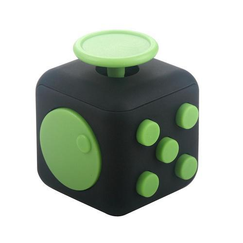fidget cube nouveau gadget anti stress. Black Bedroom Furniture Sets. Home Design Ideas