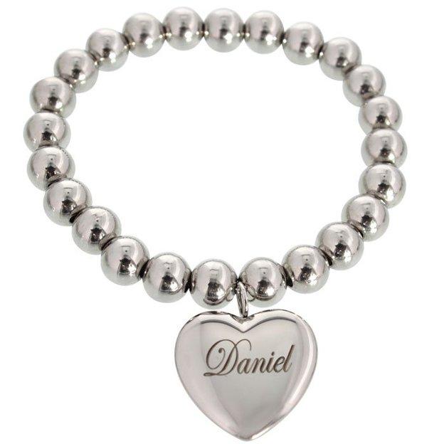 Bracelet personnalisable avec pendentif cœur et perles en métal